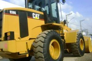 Pá carregadeira Caterpillar 938G II 2003