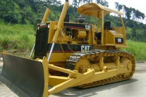 Trator Caterpillar D6-D 1995