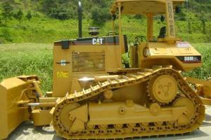 Trator de esteira Caterpillar D6-M XL 2000