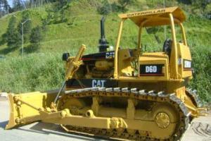 Trator de esteira Caterpillar D6D 1983